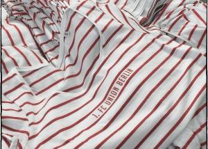 Siebdruck auf Streifen T-Shirts