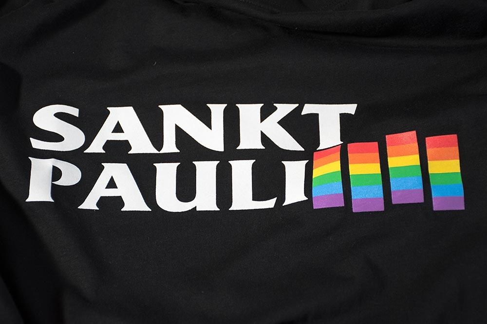 T-Shirt für Aktionsbündnis gegen Homophobie und Sexismus.