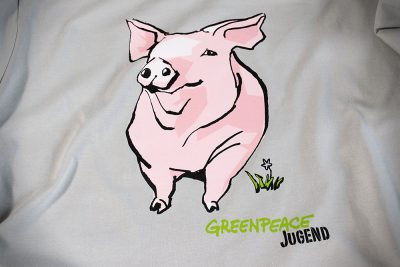 Greenpeace T-Shirt gegenMassentierhaltung.